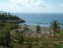Romanii prefera Tenerife,...