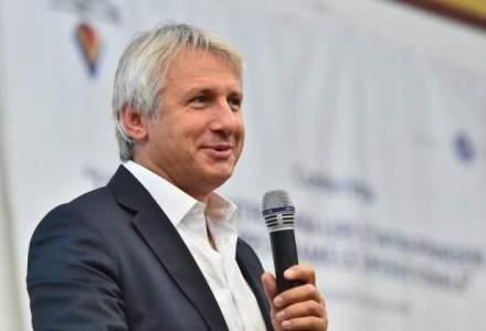 Eugen Teodorovici: Structura Parlamentului ar trebui regandita, este supradimensionata, cu 3.500 de angajati