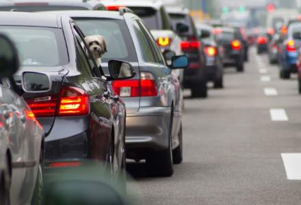 Traficul rutier spre litoral este foarte intens; politistii recomanda rute alternative la A2