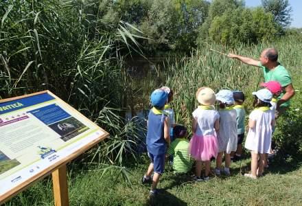 (P) Destinatie: educatie! Poteca Biodiversitatii Urbane din Parcul Natural Vacaresti este deschisa vizitatorilor, inclusiv cu tururi ghidate