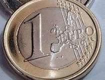 Euro a coborat pentru...