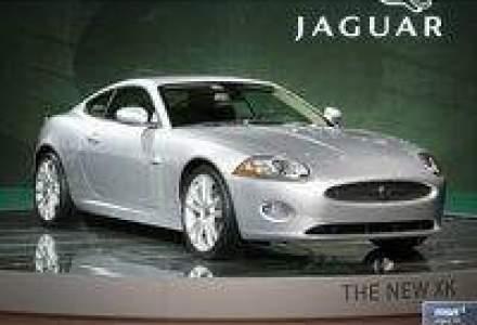 Jaguar elibereaza pe strazi noua felina XK