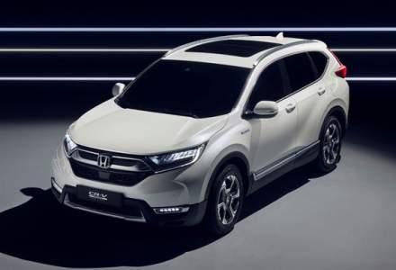 Honda CR-V Hybrid Prototype: noua generatie a SUV-ului japonez va avea versiune hibrida si va renunta la propulsia diesel