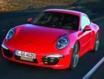Noul Porsche 911 Carrera a...