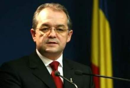 """Boc acuza opozitia: """"Ati propus amendamente care reprezinta pomeni electorale"""""""