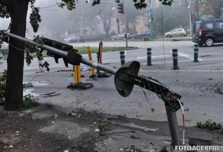 Poarta de intrare in Timisoara, care a cazut peste o masina si a ucis un om, a fost reabilitata cu 56.000 de euro