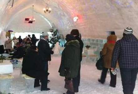 Un grup de turisti britanici si-au petrecut Craciunul la hotelul de gheata de la Balea Lac