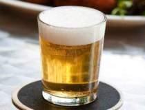 Cati romani consuma bere in...
