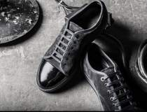 Care este brandul de pantofi...