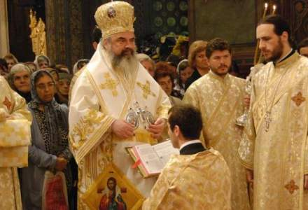 Presedintele Iohannis, catre Patriarhul Daniel la zece ani de la intronizare: Fie ca celebrarea de astazi sa va intareasca in lucrarea pentru binele comun, in spiritul valorilor crestine