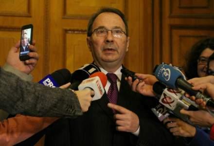 21 de ONG-uri cer demisia lui Valer Dorneanu dupa incalcarea Constitutiei