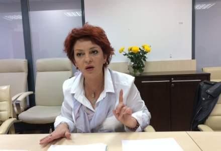 Elena Petrascu, Posta Romana: S-au dus petrecerile cu 9.000 de lei sticla de whisky