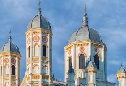Aproape sase mii de politisti asigura masuri de ordine in preajma bisericilor, de sarbatoarea Sfintei Cuvioase Parascheva