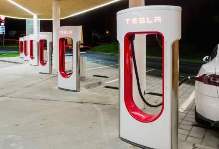Tesla Motors a concediat recent sute de angajati, dupa evaluarile de performanta, care au loc anual