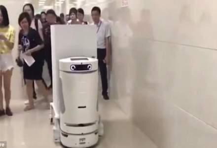 Spitalul in care lucreaza mai multi roboti. Fiecare face munca a patru oameni