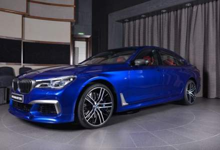Acest BMW M760Li in culoarea San Marino Blue arata senzational