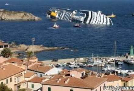 Un vas de croaziera a naufragiat. 70 de romani erau la bord