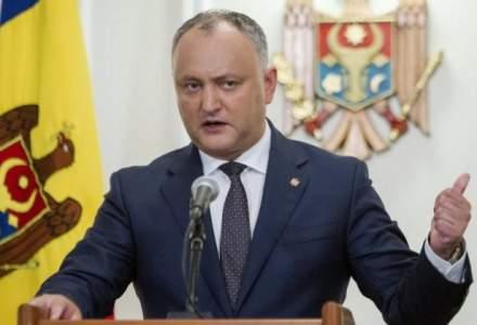 Dodon pierde temporar atributia de numire a ministrului apararii