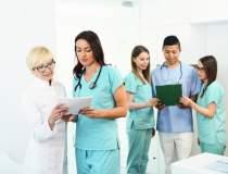 STUDIU: 76% din medicii...
