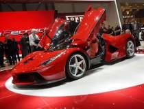 Al cui este singurul Ferrari...