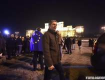 Dacian Ciolos, la protest: La...