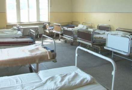 """Noi murim in spitale, """"alesii"""" isi voteaza tratamente preferentiale"""