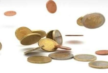 Cursul a urcat la 4,34 lei/euro spre finalul sedintei