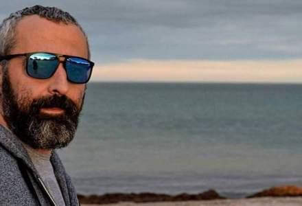 Rock, business, Times New Roman si Lupii Liberi: la povesti cu Alex Dona