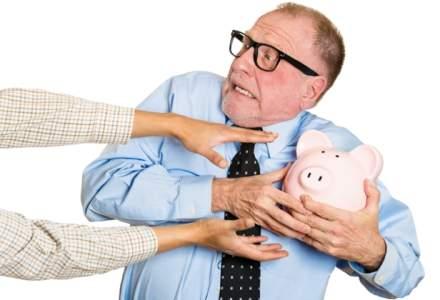 Financial Times: Circa 7 milioane de romani vor suferi o reducere semnificativa a pensiilor