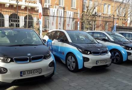 BCR a lansat primul serviciu de car sharing cu automobile electrice - BMW i3 - din Romania, care vor putea fi accesate si pornite de catre clienti doar pe baza cardului contactless