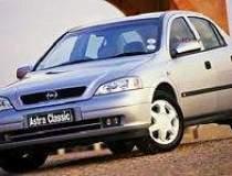 Opel ridica la 10.000 de...