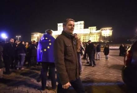 Dacian Ciolos, la protest: Cresterea economica nu este una durabila