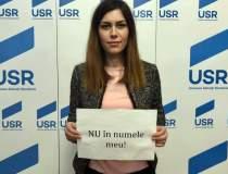 USR protesteaza in biroul...