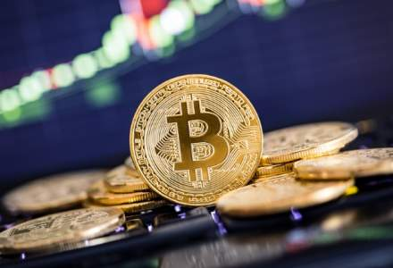 Previziuni scandaloase pentru 2018: Bitcoin atinge 60.000 dolari, apoi va fi aruncata la lupi