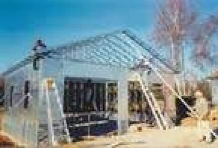 Constructiile cu structuri metalice prind teren