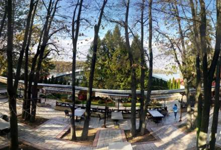Review George Butunoiu: Marea gradina de pe marele lac