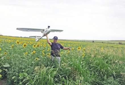 Fizicianul care incearca sa ii convinga pe romani sa faca agricultura cu drona