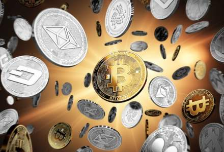 Bitcoin versus Ripple: Cum au evoluat anul trecut monedele si cate sunt in circulatie