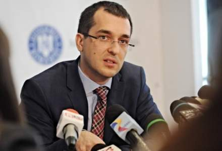 """Vlad Voiculescu explica """"cum au putut fura linistiti mai-marii transplantului"""" din Romania: Ce spune despre actualul ministru al Sanatatii"""