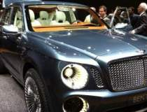 GENEVA LIVE: Standul Bentley,...