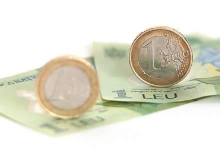 Leul, din ce in ce mai slab in fata monedei europene, pe fondul tensiunilor din scena politica