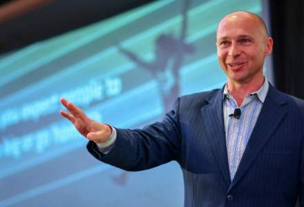 "(P) Exclusiv la TeCOMM: Tim Ash (TOP 10 experti marketing online la nivel mondial): ""Cand vine vorba de cumparaturi online, consumatorii nu iau decizii rationale"". De ce trebuie sa tina cont magazinele online in 2018"