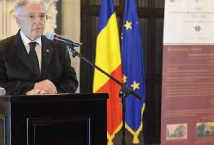 Mugur Isarescu: M-a frapat ca importam foarte multe mere, desi avem 14% din suprafata cultivata din Uniunea Europeana