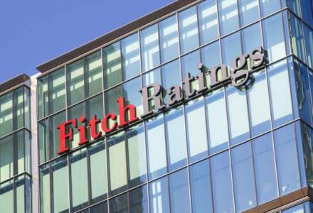 Fitch: Politica fiscala expansionista a Romaniei va spori dezechilibrele macroeconomice
