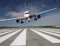 Un avion cu peste 50 de...