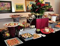 Firma de catering Sanagout,...