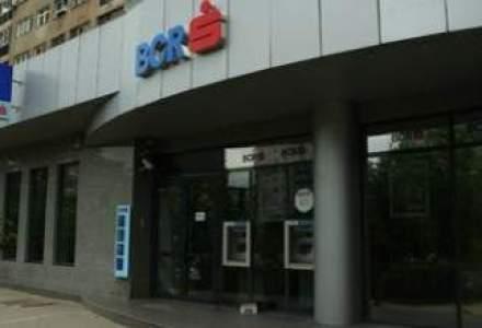 Unitatile BCR se inchid vineri mai devreme, iar serviciul de internet banking nu va functiona