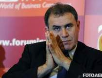 Dr. Doom Roubini loveste din...