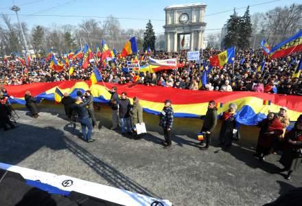 Manifestatie de amploare la Chisinau cu ocazia aniversarii a 100 de ani de la unirea Basarabiei cu Romania