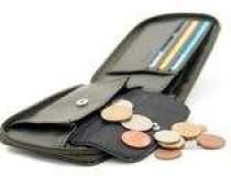 Salariu mediu net, sub 250 de...